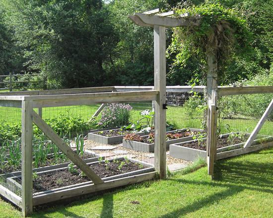 fancy-vegetable-garden-fence-ideas-doc3t